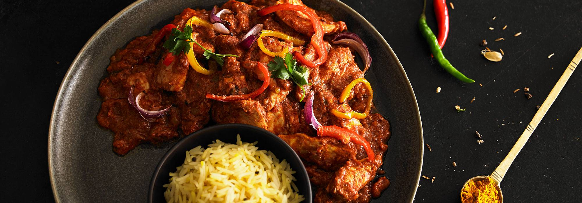 CHICKEN JALFREZI & PILAU RICE