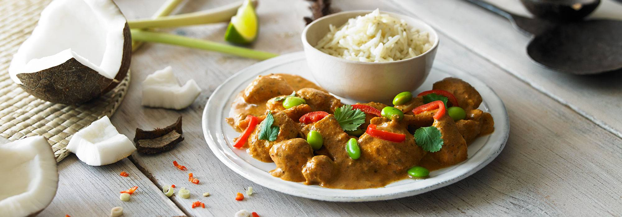 THAI RED CHICKEN CURRY & FRAGRANT RICE